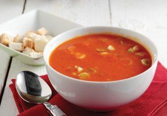 Νηστίσιμη ντοματόσουπα με λαχανικα και κους κους