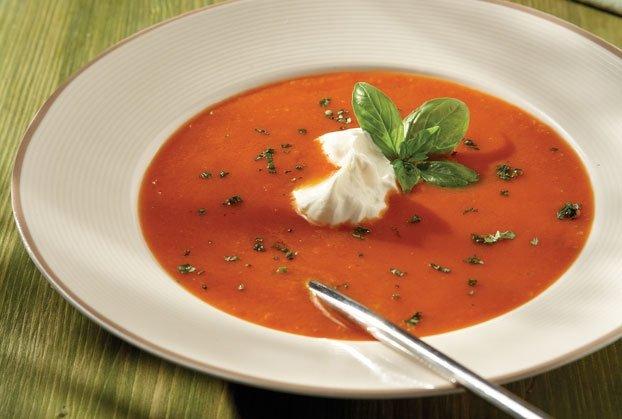 Ντοµατόσουπα βελουτέ µε γιαούρτι-featured_image