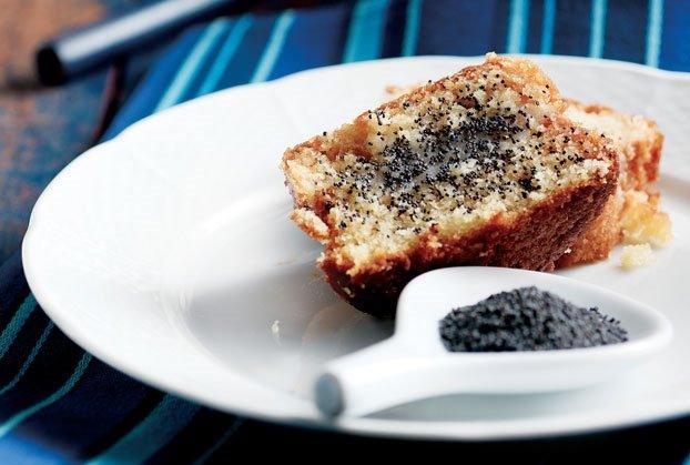 Σιροπιαστό κέικ µανταρίνι µε παπαρουνόσπορο