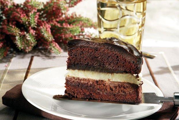 Θεϊκή τούρτα τριπλής σοκολάτας