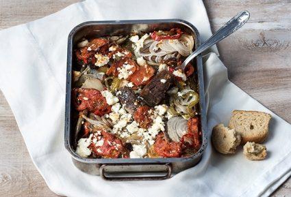 Μοσχάρι με λαχανικά και φέτα στο φούρνο-featured_image