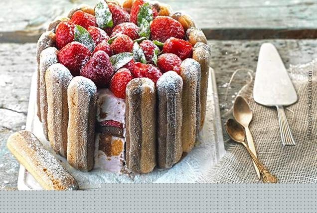 Εύκολη τούρτα με φράουλες