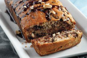 γλυκό ψωμί με σοκολάτα