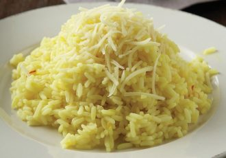 σπυρωτό ρύζι πιλάφι συνταγη ευκολο γρηγορο συνοδευτικο