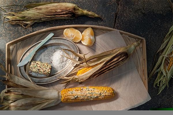 Καλαμπόκι ψητό με βούτυρο λεμονιού και μπούκοβο-featured_image