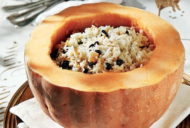 Κολοκύθα ολόκληρη γεμιστή με ρύζι της Αργυρώς Μπαρμπαρίγου