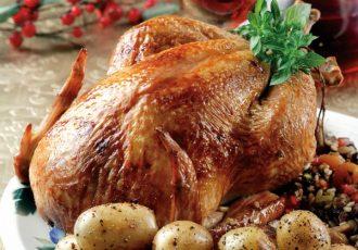 κότα γεμιστή στο φούρνο