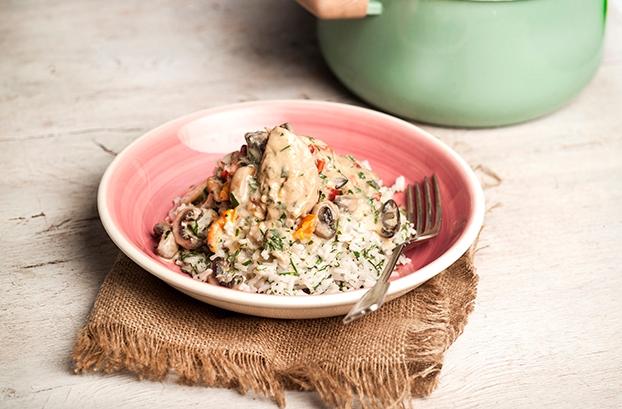 Κοτόπουλο αλά κρεμ με ρύζι
