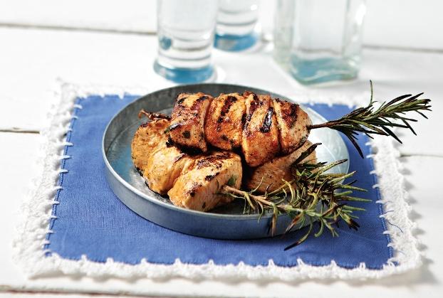Κοτόπουλο μίνι σουβλάκι σε δροσερή καλοκαιρινή μαρινάδα-featured_image