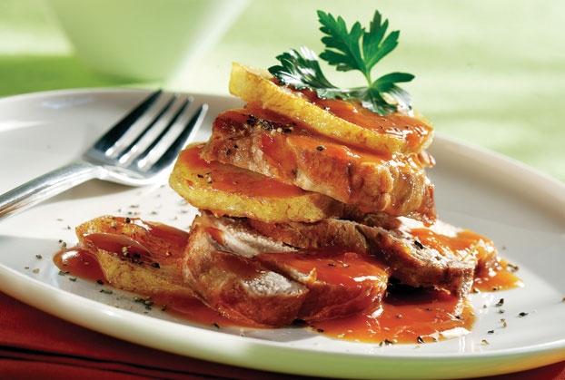 Χοιρινό με πατάτες κοκκινιστές (ρόστο Νάξου)
