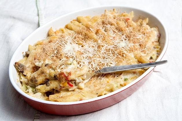 Μακαρονάκι με ψητά λαχανικά και κρέμα τυριού