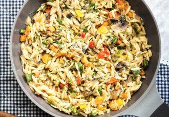 κριθαράκι με λαχανικά νηστισιμο συνταγη μανεστρα