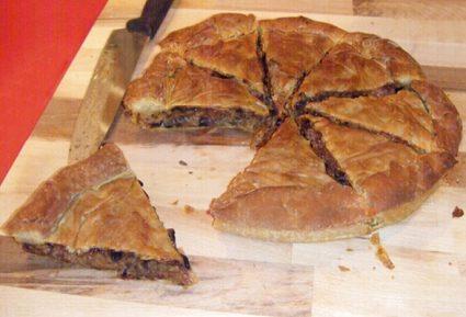 Μανιταρόπιτα με λουκάνικα-featured_image