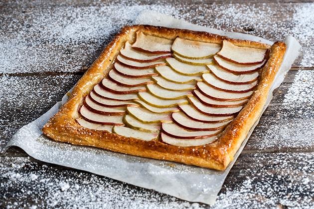 μηλόπιτα με σφολιάτα