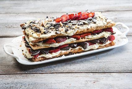 Μιλφέιγ μπισκότο με φράουλες-featured_image