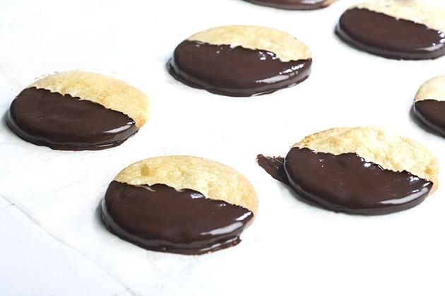 Δίχρωμα μπισκότα βουτύρου