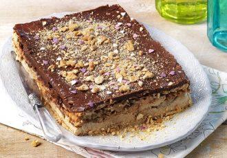 εύκολο μπισκοτογλυκό ψυγείου με πτι μπερ και σοκολάτα