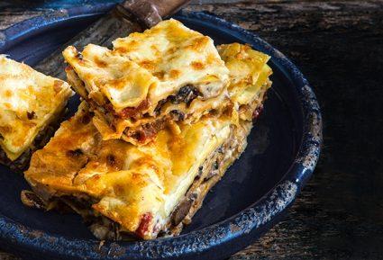 Νηστίσιμα λαζάνια με πλούσια κρέμα και σάλτσα-featured_image