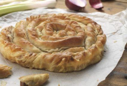 Παραδοσιακό κιχί με πράσο και λουκάνικο-featured_image