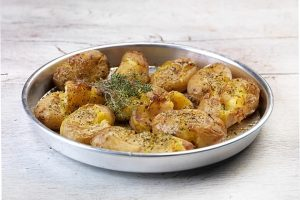 πατάτες με δεντρολίβανο φουρνου ολόκληρες πατάτες στο φούρνο σαν τηγανητές baby πατατακια συνταγη
