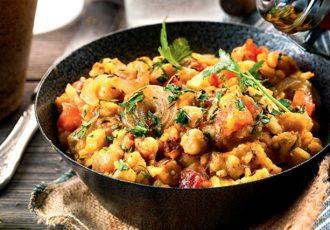 ρεβύθια με ρύζι, κάρυ και ντομάτα vegan συνταγη αργυρω