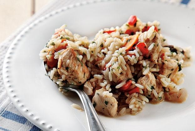 Κοτόπουλο με ρύζι στην κατσαρόλα