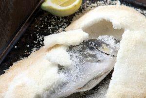 Ψάρι σε κρούστα αλατιού-featured_image