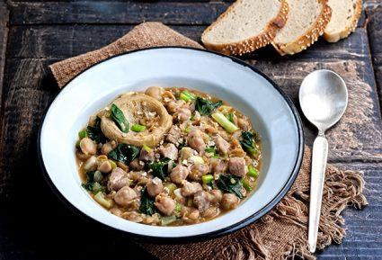 Ρεβυθάδα με χοιρινό και λαχανικά-featured_image