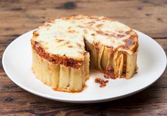 ριγκατόνι κέικ συνταγη μακαρονια φουρνου ζυμαρικα για παρτυ μπουφε