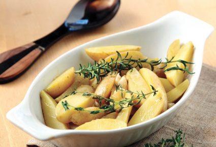 Σκορδάτες πατάτες με βότανα-featured_image
