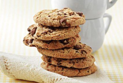 Σοκολατένια μπισκότα με σταγόνες σοκολάτας-featured_image