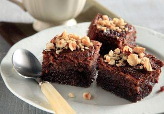 σοκολατόπιτα με φουντούκια