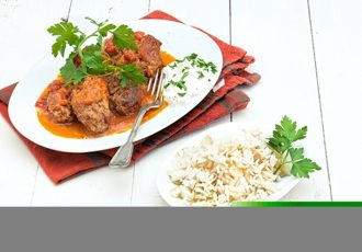 σουτζουκάκια με ρύζι πιλάφι φούρνου
