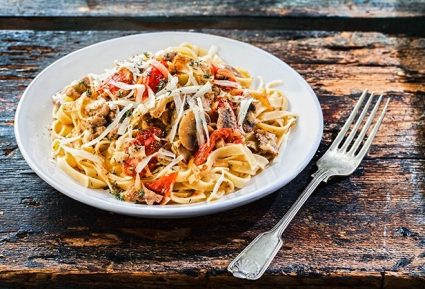 Ταλιατέλες με ψαρονέφρι σε σάλτσα κρέατος με λαχανικά-featured_image