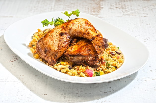 Κοτόπουλο στο φούρνο γεμιστό με κους κους