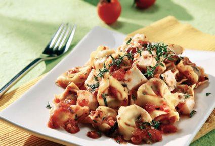 Τορτελίνια σε αρωματική σάλτσα με μοτσαρέλα-featured_image
