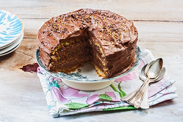 Κέικ γεμιστό με πραλίνα-featured_image