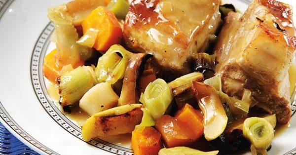 Χοιρινό χτένι στο φούρνο με σάλτσα μουστάρδας