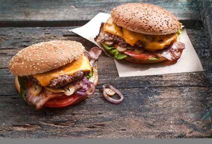 Ζουμερό cheeseburger-featured_image