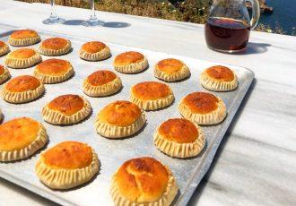 ευκολα παραδοσιακα γλυκά μελιτίνια Σαντορίνης αυθεντικη συνταγη