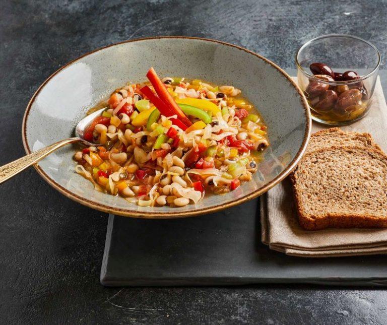 Μαυρομάτικα σούπα με λαχανικά