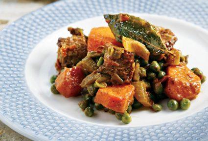 Μοσχάρι κατσαρόλας με καρότα και αρακά-featured_image
