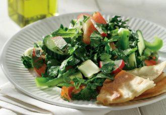 σαλάτα φατούς συνταγή λιβανος