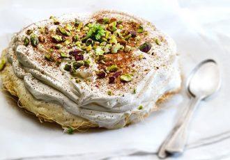 παραδοσιακο εκμέκ καταΐφι πολιτικο γλυκο ταψιου με φυλλο κανταιφι κρεμα και σιροπι συνταγη
