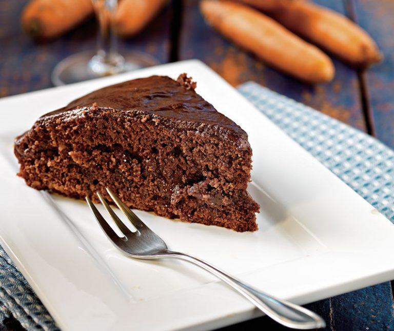 Κέικ κακάο µε καρότο και κρέµα σοκολάτας