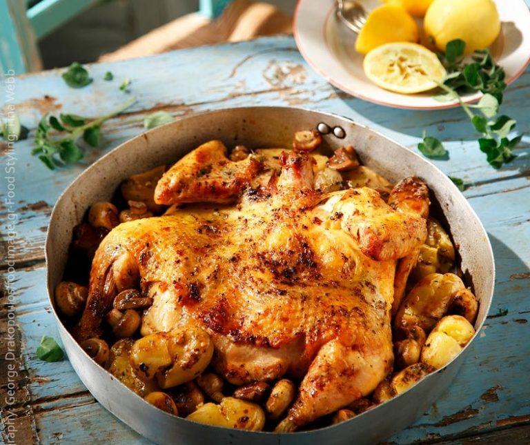 Λεμονάτο κοτόπουλο με τσακιστές πατάτες και μανιτάρια