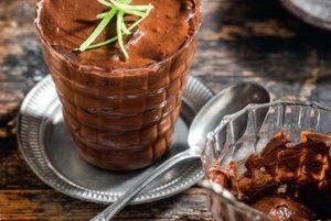 Μους σοκολάτας από αβοκάντο-featured_image