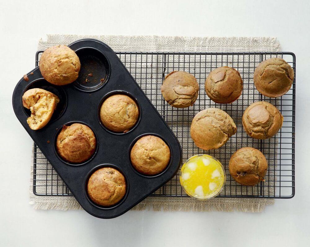 Muffins με ελιές και αλεύρι ολικής άλεσης της Αργυρώς