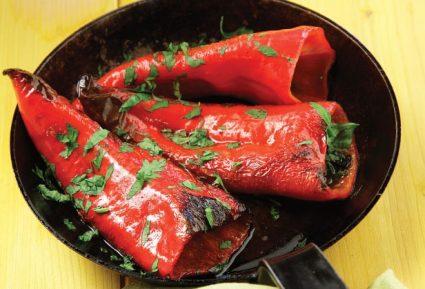 Πιπεριές Φλωρίνης με αντζούγιες-featured_image