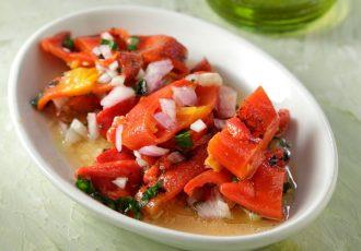 ψητές πιπεριές Φλωρίνης σαλάτα συνταγη